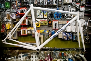 Fixed goodness in white $800 frame and fork
